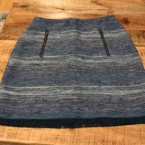 Tweed loft skirt